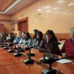 Uczestnicy warsztatów podczas omawiania wstępnych wyników analiz
