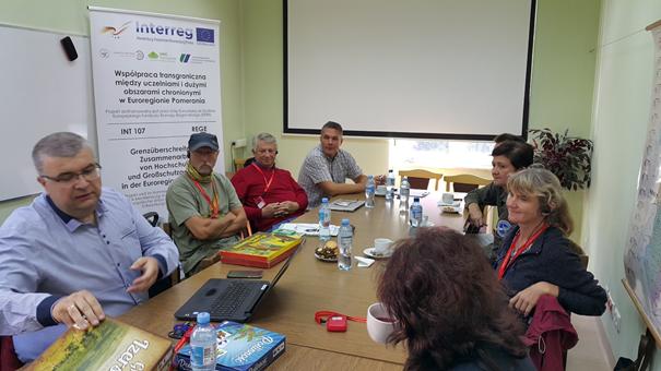 Dr. Arkadiusz Malkowski während der Präsentation verschiedener Spiele Foto: Dr. Dawid Dawidowicz