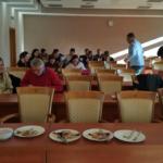 W przerwie uczestnicy spotkania mieli okazję skorzystać z cateringu, który został zamówiony specjalnie na to wydarzenie